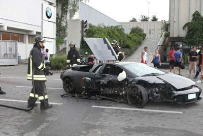 lamborghini incidente bmw (5)