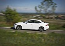 lexus is 300h 119