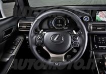 lexus is 300h 124