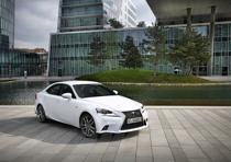 lexus is 300h 133