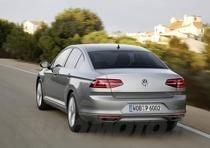 nuova volkswagen passat 2015 (39)